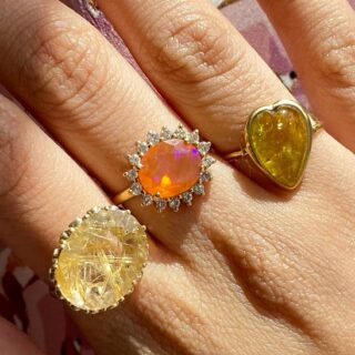 🔥 the energy that these rings spreads  #monicagjewels💕  #rings💍 #ringoftheday  #instarings #ringsofinstagram  #handmadewithlove #18ktgold  #finejewelrydesign #jewelry  #onlineshopping #shopnow🛍  #worldwideshipping