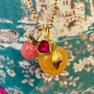 Our iconic pendants❤️  #monicagjewels💕  #applependant #iconic #ouricon  #shoppingonline #getyoursnow #handmadewithlove #handcraftedjewelry #finejewelrydesign #worldwideshipping
